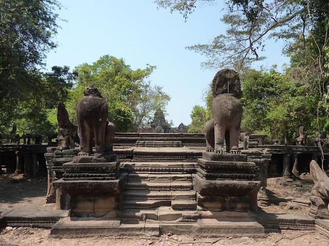 Blog de voyage-en-famille : Voyages en famille, Siem Reap, les temples un peu éloignés