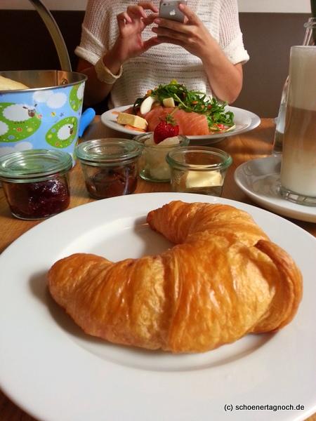 Fruhstucken Und Kaffee Trinken In Karlsruhe Das Cafe Juli