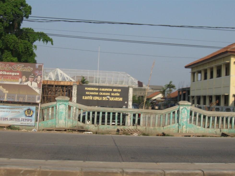 Kantor Kades Sukaresmi Cikarang Selatan Indonesia