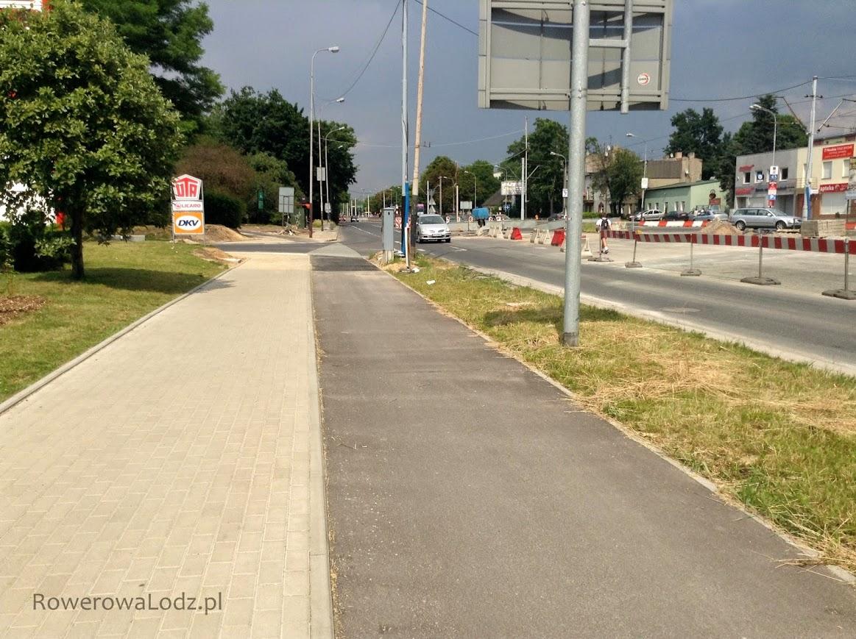 Ulica Pabianicka - w oddali nowy odcinek.