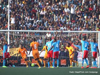 But des Eléphants de la Côte d'Ivoire le 11/10/2014 au stade Tata Raphaël à Kinshasa, lors de la victoire contre Léopards de la RDC les score: 1-2. Radio Okapi/Ph. John Bompengo