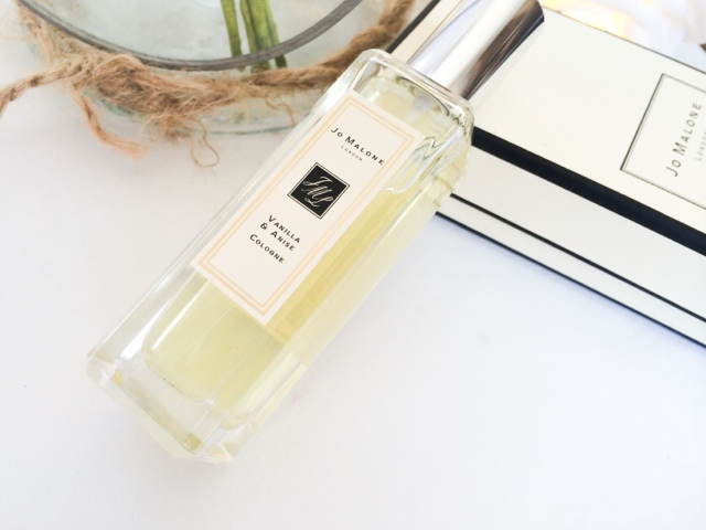 Jo Malone Vanilla and Anise cologne review and description.