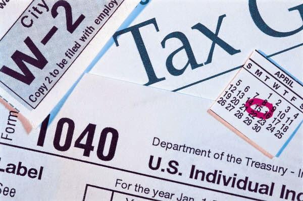 Obama eyes executive action to hike taxes