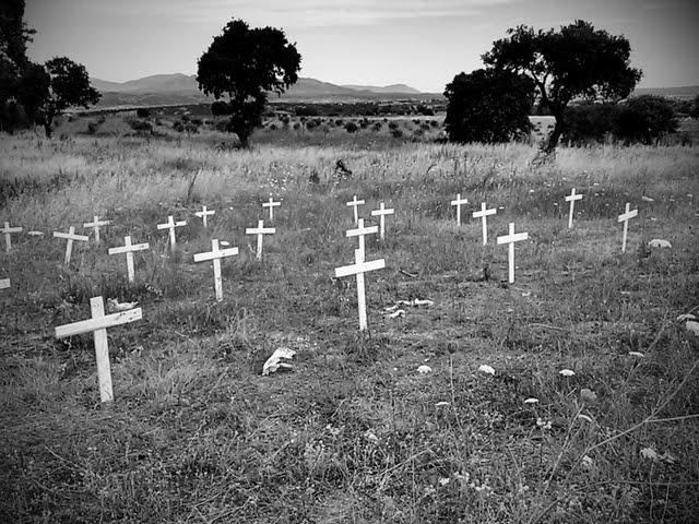 03/07/11 Fotos Los Perros de la Guerra C360_2011-07-03%25252010-59-16