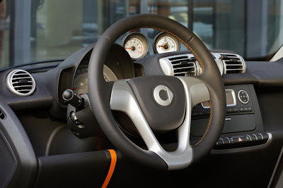 Smart ForTwo NightOrange Coupé (2011) Interior