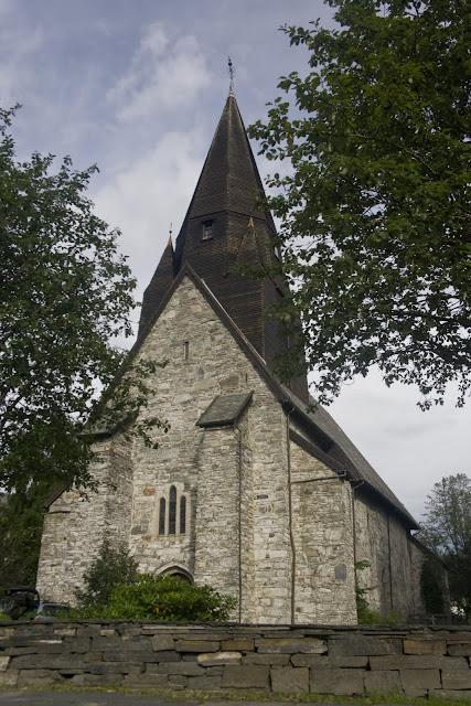 La iglesia de Voss, Vangskyrkja, en este caso, de piedra
