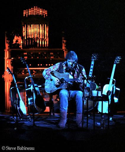 Neil young harvest lp a vinili 33 giri e 12 di musica pop rock internazionale, Neil.