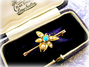 Victorian Gold Bee Brooch Turquoise and Antique Pearls c1890