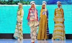 FOTO BUSANA MUSLIM BERWARNS CERAH Trend Terbaru 2013