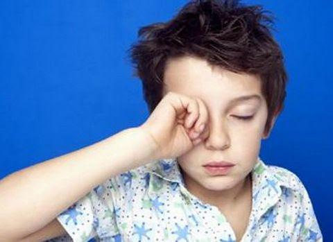 Γιατί πρέπει τα παιδιά να κοιμούνται πριν τις εννέα το βράδυ;