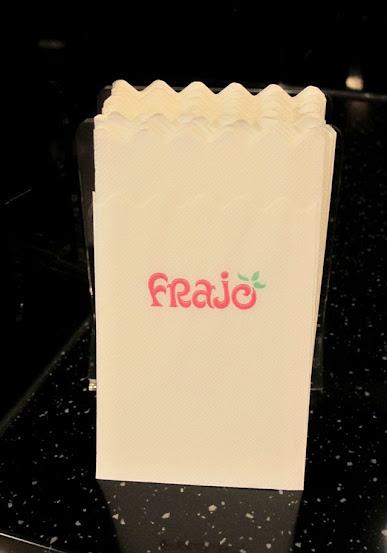 >紙巾也印有logo~很可愛呢-FRajo冰淇淋