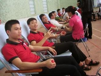 Chủng sinh TCV Phát Diệm tham gia hiến máu nhân đạo