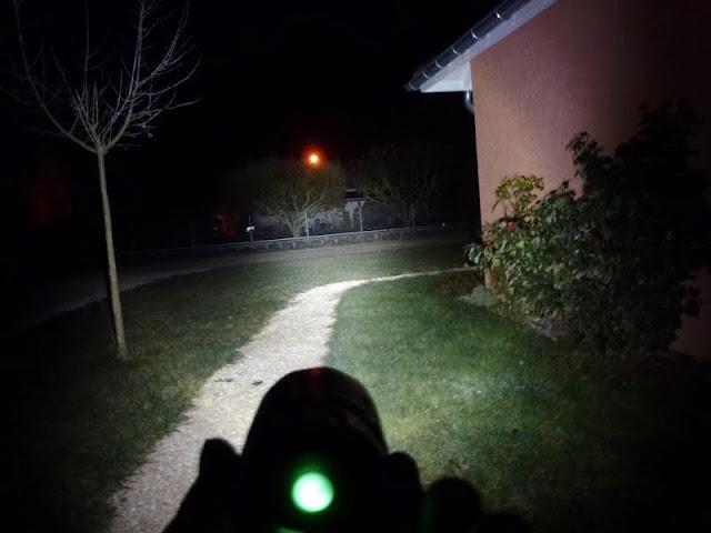 eclairage pour rouler la nuit performant - Page 21 P1080631
