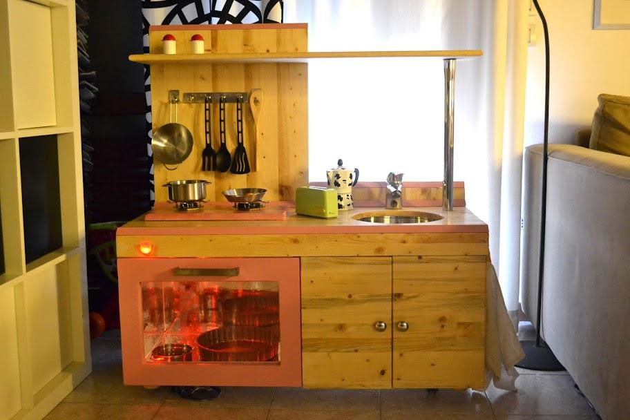 Emejing Cucina Giocattolo Ikea Images - Embercreative.us ...