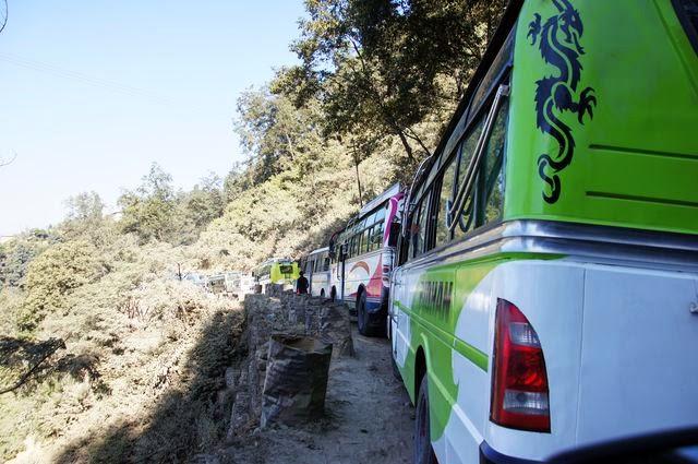 達人帶路-環遊世界-尼泊爾PoonHill健行-塞車
