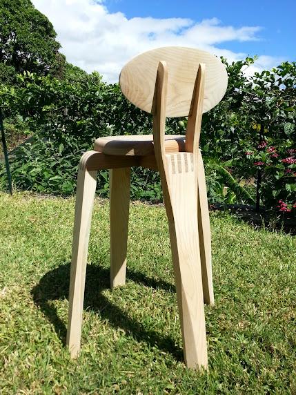 Chaise design pour petit garçon - Page 2 20140316_102503