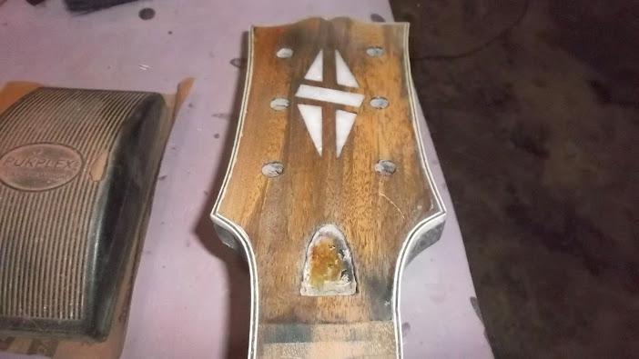 Construção inspirada Les Paul Custom, meu 1º projeto com braço colado (finalizado e com áudio) - Página 5 DSCF1489
