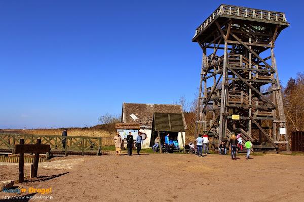 wieża widokowa przy przystani statku w Rąbce