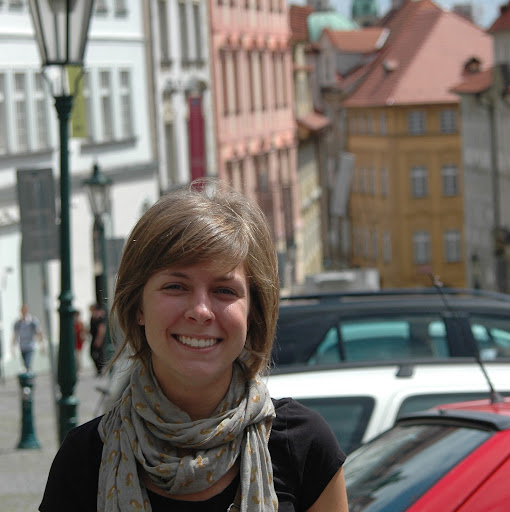 Claire Bishop Photo 12