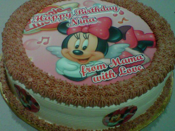 Edible Minnie Mouse Cake Decorations