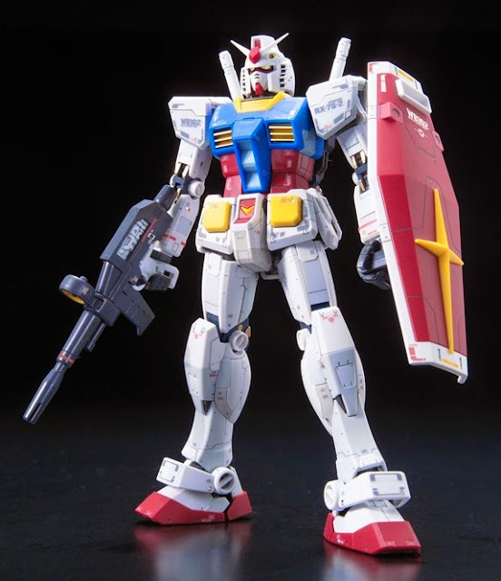 RX-78-2 Gundam tỷ lệ RG 1/144 kích thước khi hoàn thành cao ~ 13 cm