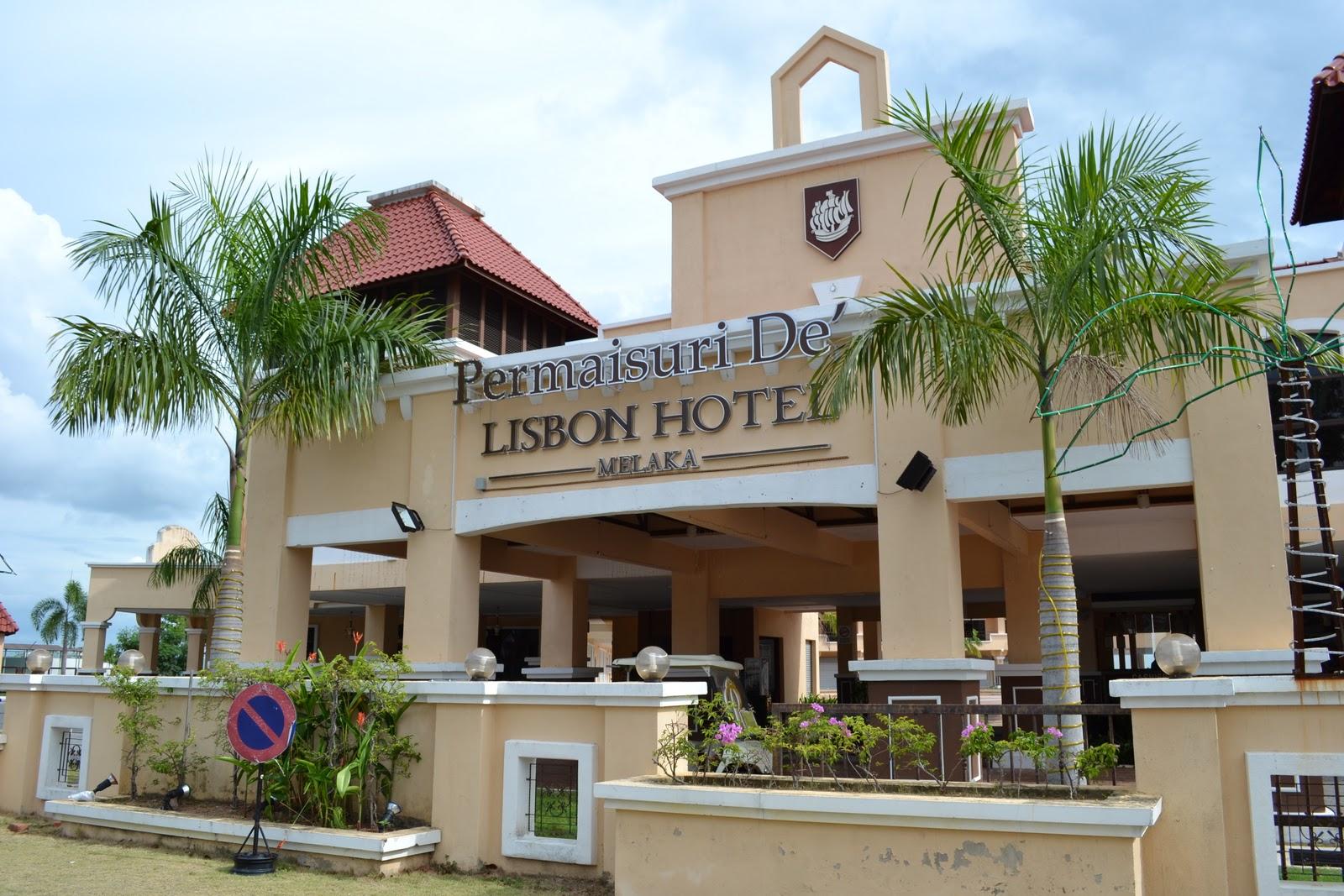 Petang Pukul 600 Ptg Baru Kami Sampai Ke Pemaisuri De Lisbon Hotel Melaka Itu Pun Setelah Beberapa Kali Berpusing Pusing Di Sekitar Bandar Hilir