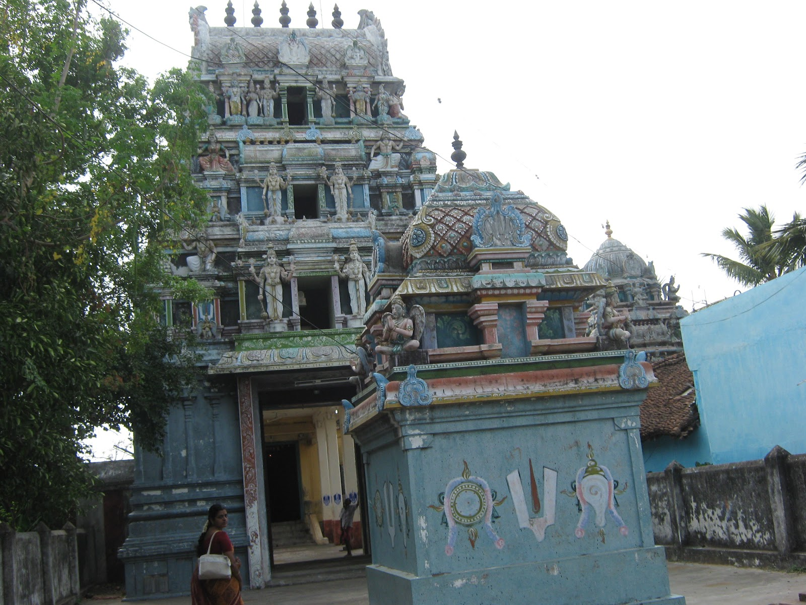 Sri Deivanayaga Perumal Temple (Thiru Devanar Thogai) Seerkazhi - Divya Desam 36
