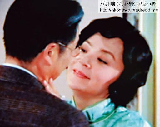 得寵二奶陳玉蓮本來應該最多親熱戲,但她惜肉如金,連嘴戲都係借位拍。
