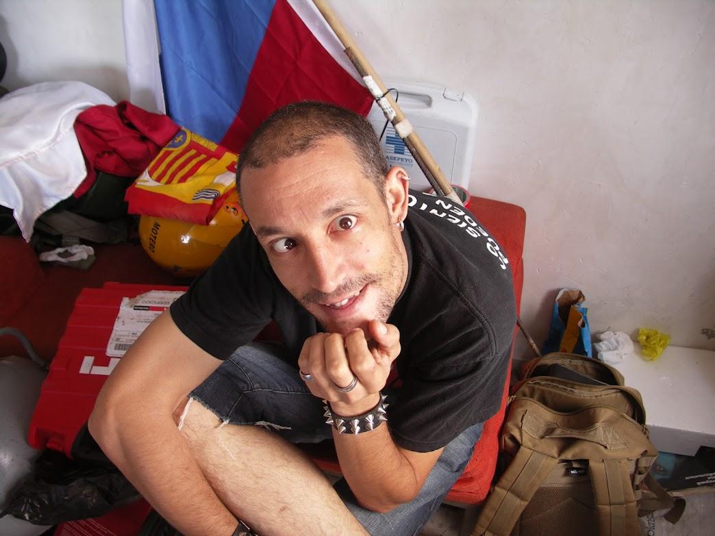 Fotos de Rescate en Libia. 01-07-12 PICT0026