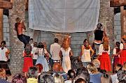 Kultúrális rendezvény Bárdudvarnokon a faluházban - Faluszínház helyi gyermekek és felnőttek előadásában