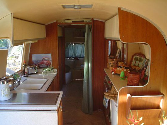 Happy Day Vintage: Mobile Home Mon -1965 Airstream