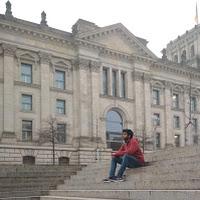 Karthik Thyagarajan's avatar
