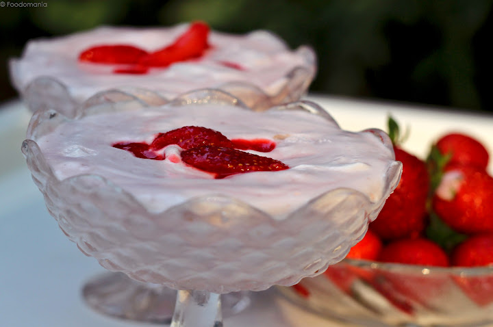 Instant Strawberry Mousse Recipe   Quick Marshmallow Mousse