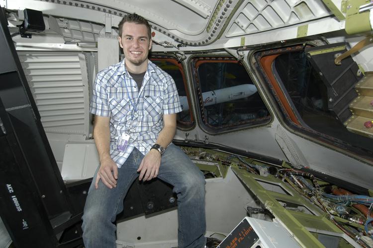 space shuttle enterprise cockpit - photo #17