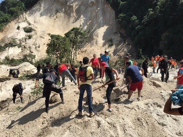 Día triste y trágico, cerro se desprende sobre la comunidad de El Cambray