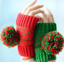 Pair of Fingerless Gloves Giveaway 30/11
