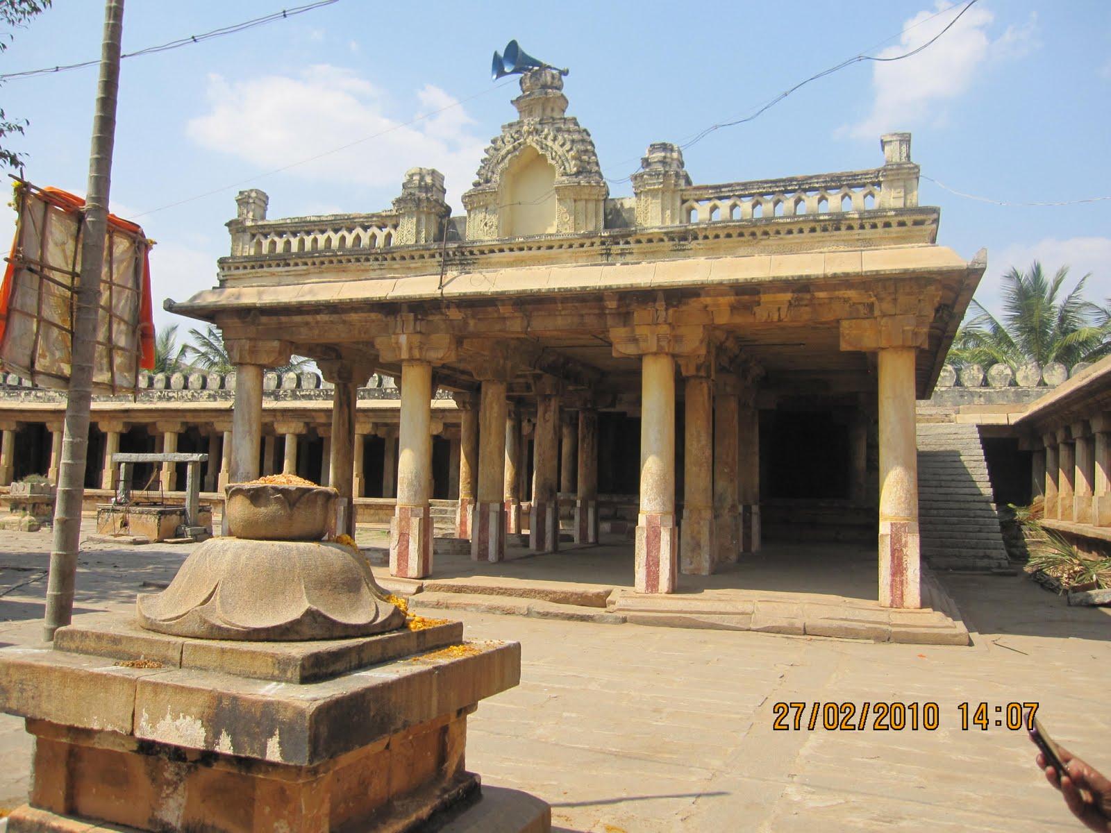 Thondanur (Kere Thonnur) - Sri Gopala Krishna Swamy Temple, Padavapura, Mandya