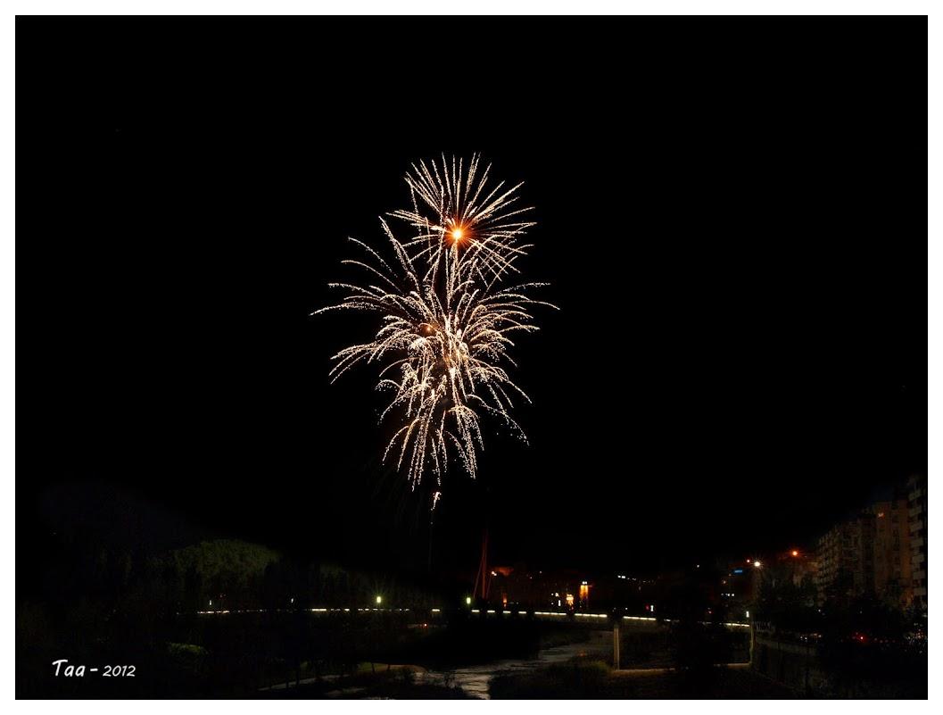 Fuegos artificiales - Fiestas de mayo en Lleida IP5101875