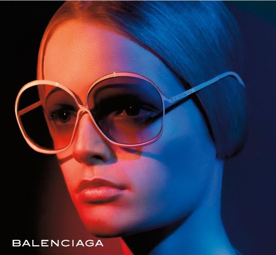 e3077d9e4120 Balenciaga sunglasses as the Spanish luxury brand accessories is associated  with the wealthy and famed as the powerful tool to assert one s social  status.