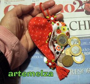 artemelza - porta moeda de coração