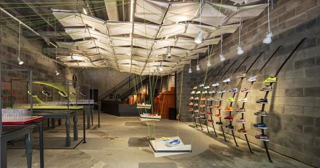 Nike fabrica una de sus tiendas con material reciclado