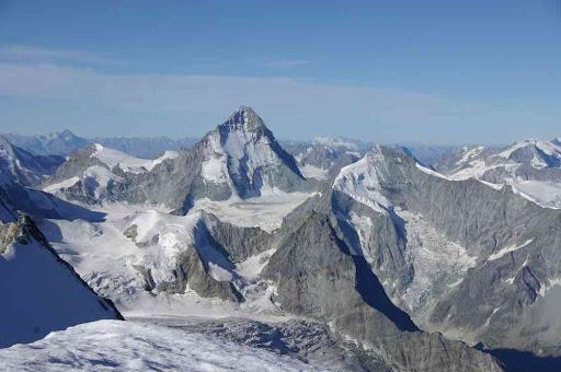 La Dent Blanche, le Grand Cornier (et plein d'autres montagnes que je vous laisse trouver)