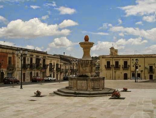 Ferla, piazza S Sebastiano