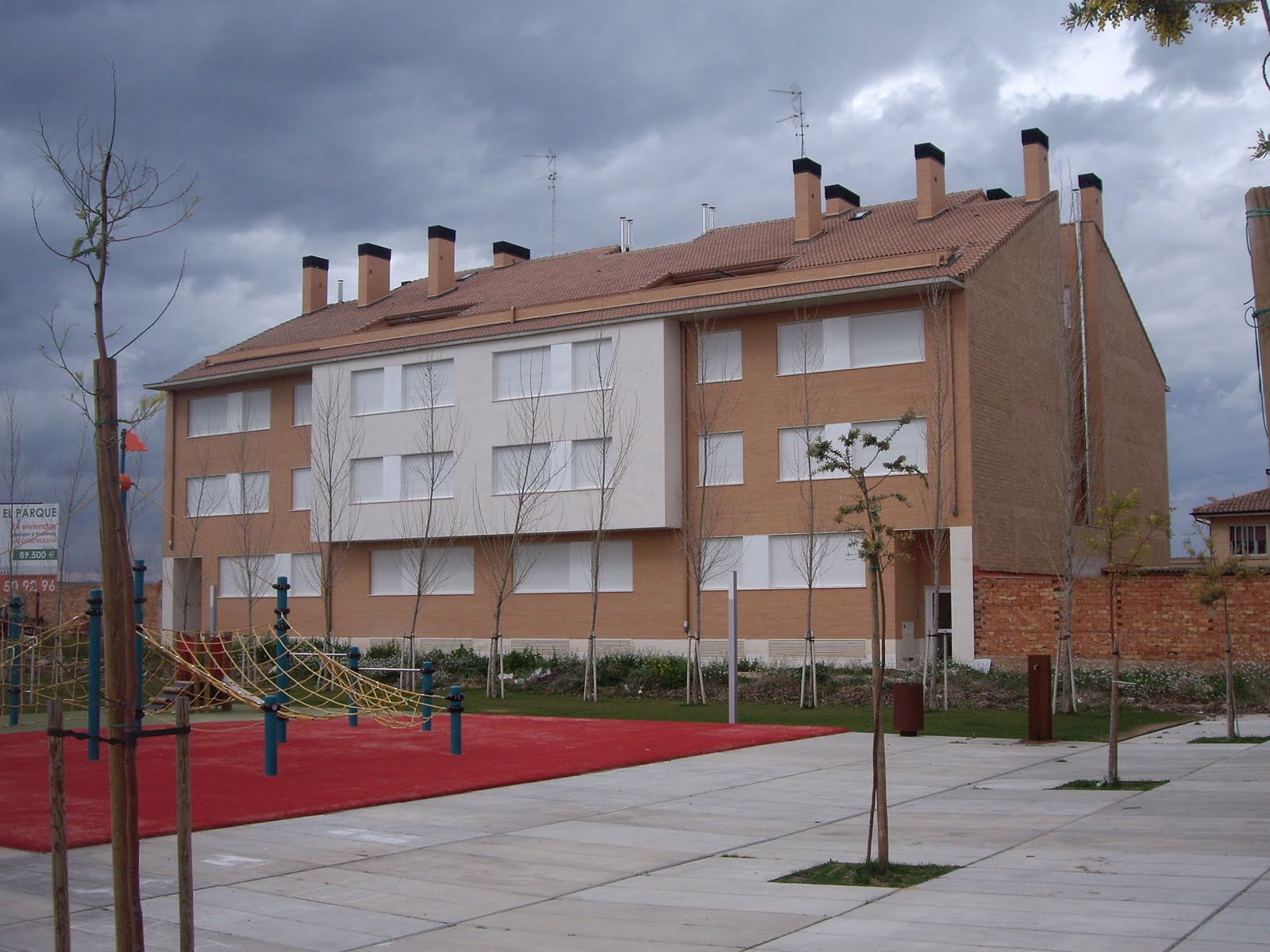 Arquitecto tecnico navarra 24 viviendas en arrubal logro o - Arquitectos navarra ...