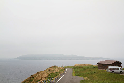 焼尻島の風景 向こうには天売島が・・・