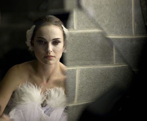 thumbs natalie portman black swan promo photo 002