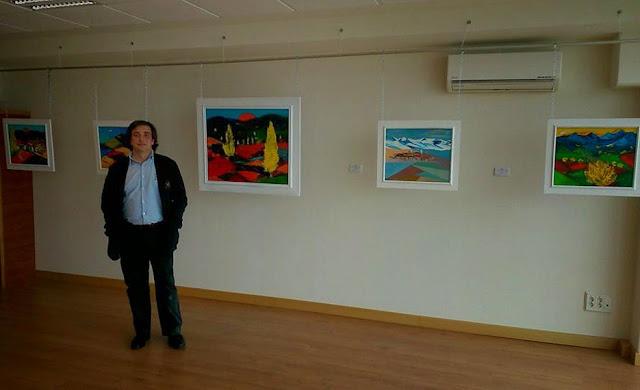 Arnaldo Díaz-Castilla en su exposición, OpenHouse de Salamanca