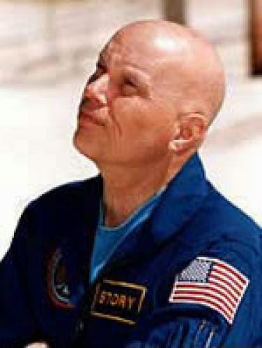 Ex Astronauta De Nasa Se Suma A La Lista Un Ovni Sigui El Columbia En 1996