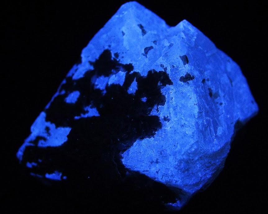 Colección de Minerales Fluorescentes - Página 3 _DSC4503