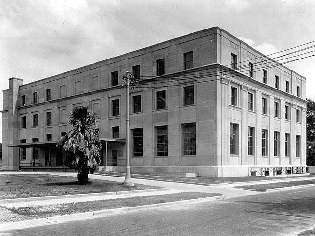 Baton Rouge, LA: Old Post Office and U.S. Courthouse rear, 1933
